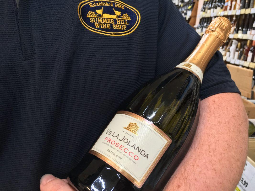 Villa Jolanda Prosecco Extra Dry Sparkling White Italian Wine Near Me. Santero Wines are Available in Sydney, Delivery Around Australia