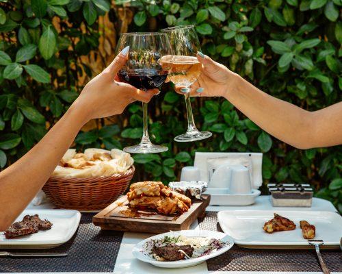 See Saw Organic Wines Shiraz, Rose, Prosseco From Orange, NSW Australia Glasses
